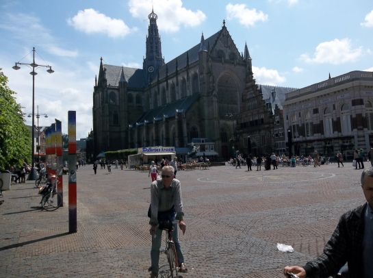 St. Bavo's  sits in the center of Haarlem Sqare.